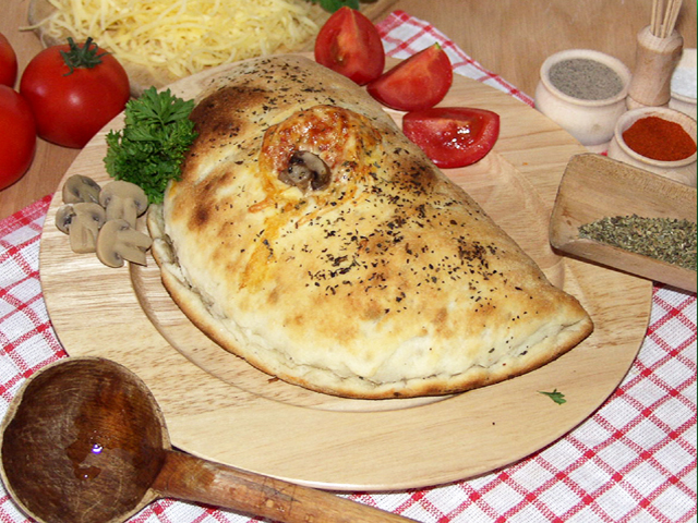 27. Pizza Calzone